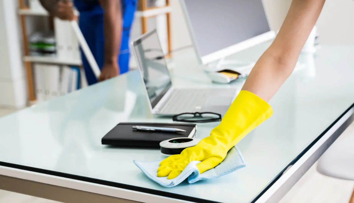 Reinigungsfirma Kiefersfelden: Reinigungsunternehmen Putzhelden24 - Haushaltsreinigung, Unterhaltsreinigung, Gewerbereinigung, Reinigungskräfte, Gebäudereiniger & Putzfirma